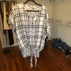 Tops - White & Navy Plaid Blouse